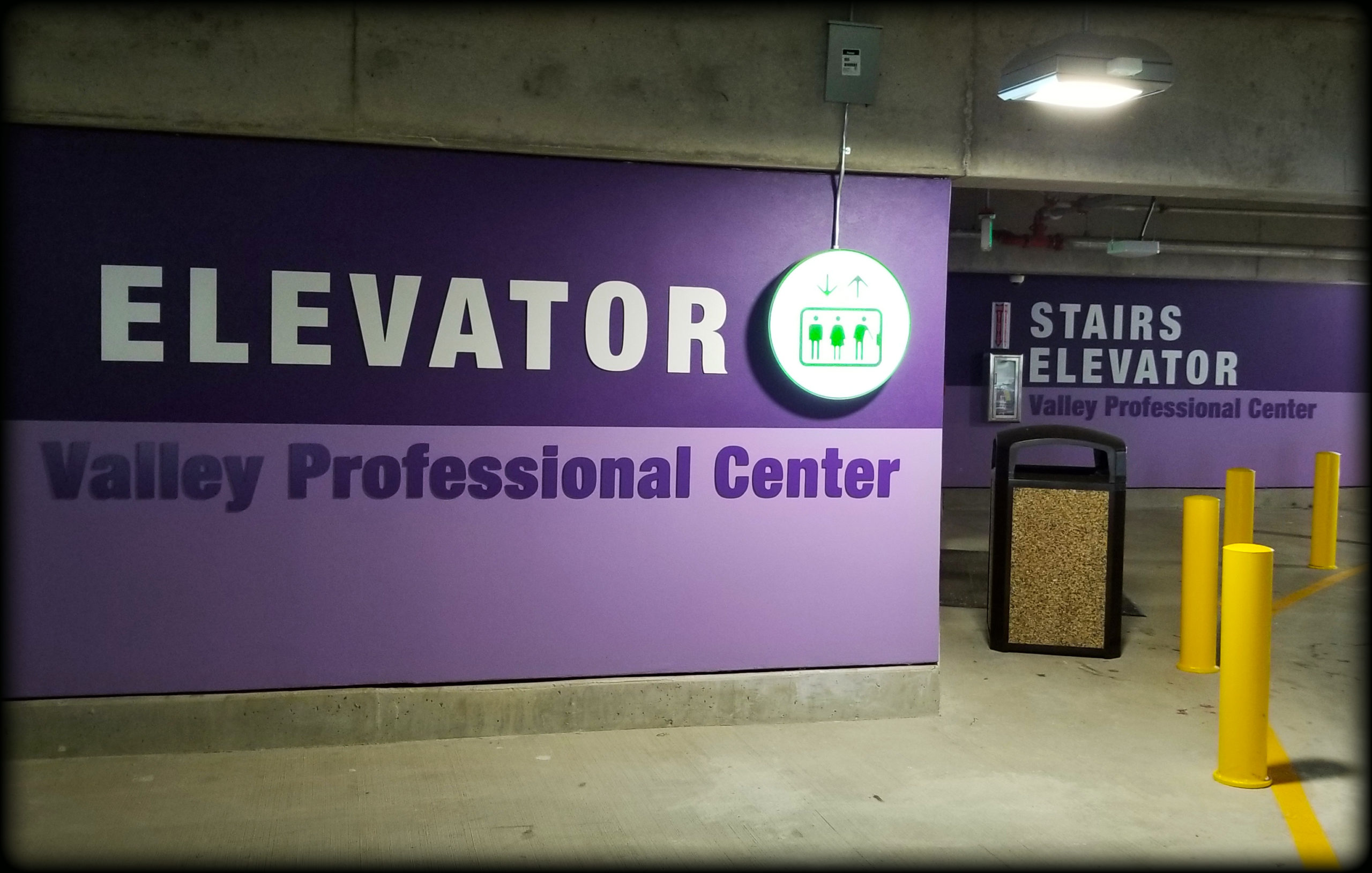 3D sign dimensional letters wall graphics dimensional sign exterior wayfinding signs